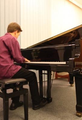 Večer s klasickou hudbou a improvizací