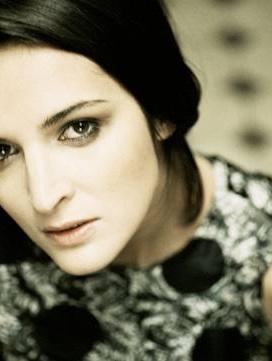 Skvělá JANA KIRSCHNER koncertovala 5. 6. 2014 ve Valašském Meziříčí pro ZUŠ