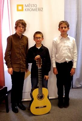 Tóny klasických kytar rozezní Valašské Meziříčí