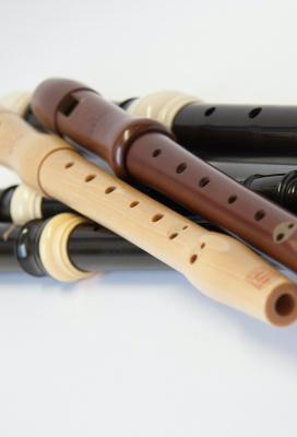 Studijní materiály - poslechy - zobcová a příčná flétna